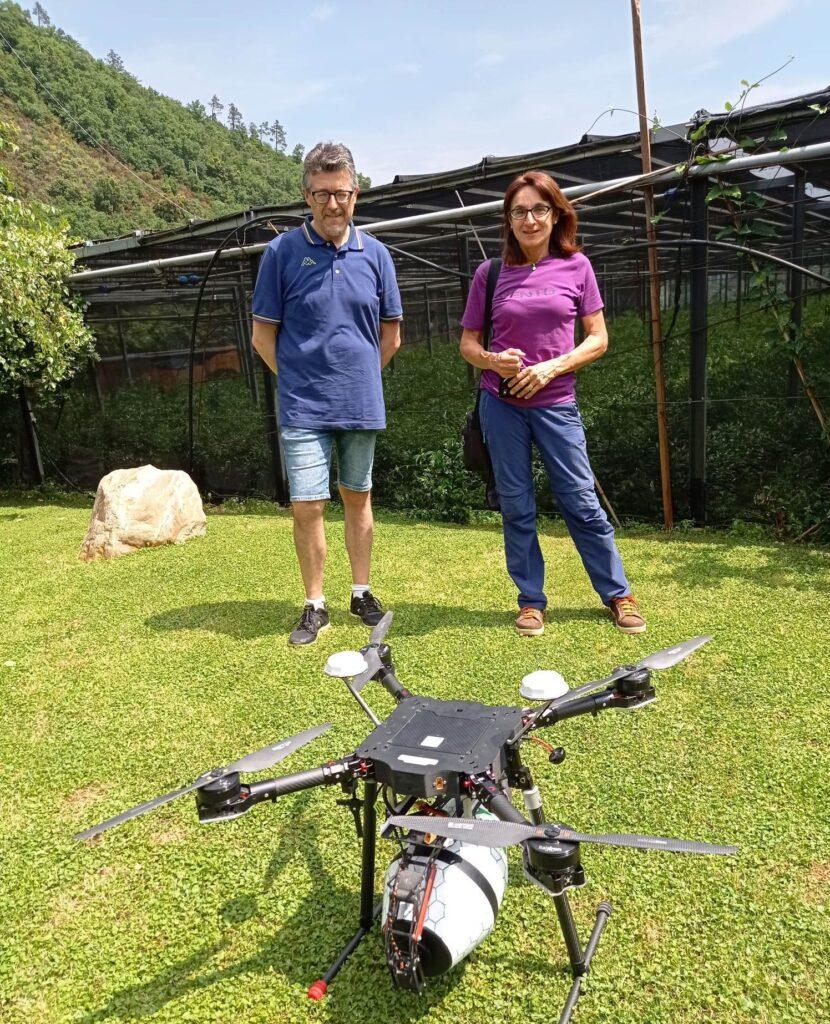 drone per lancio insetti predatori
