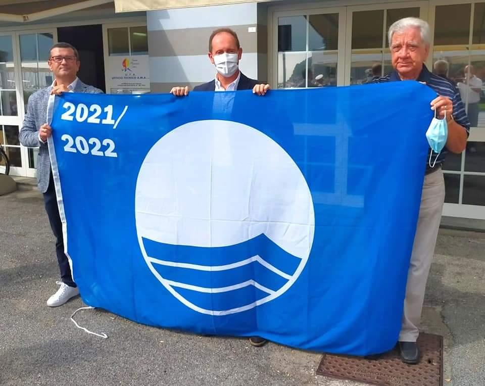 Bandiera blu al porto di Andora 02