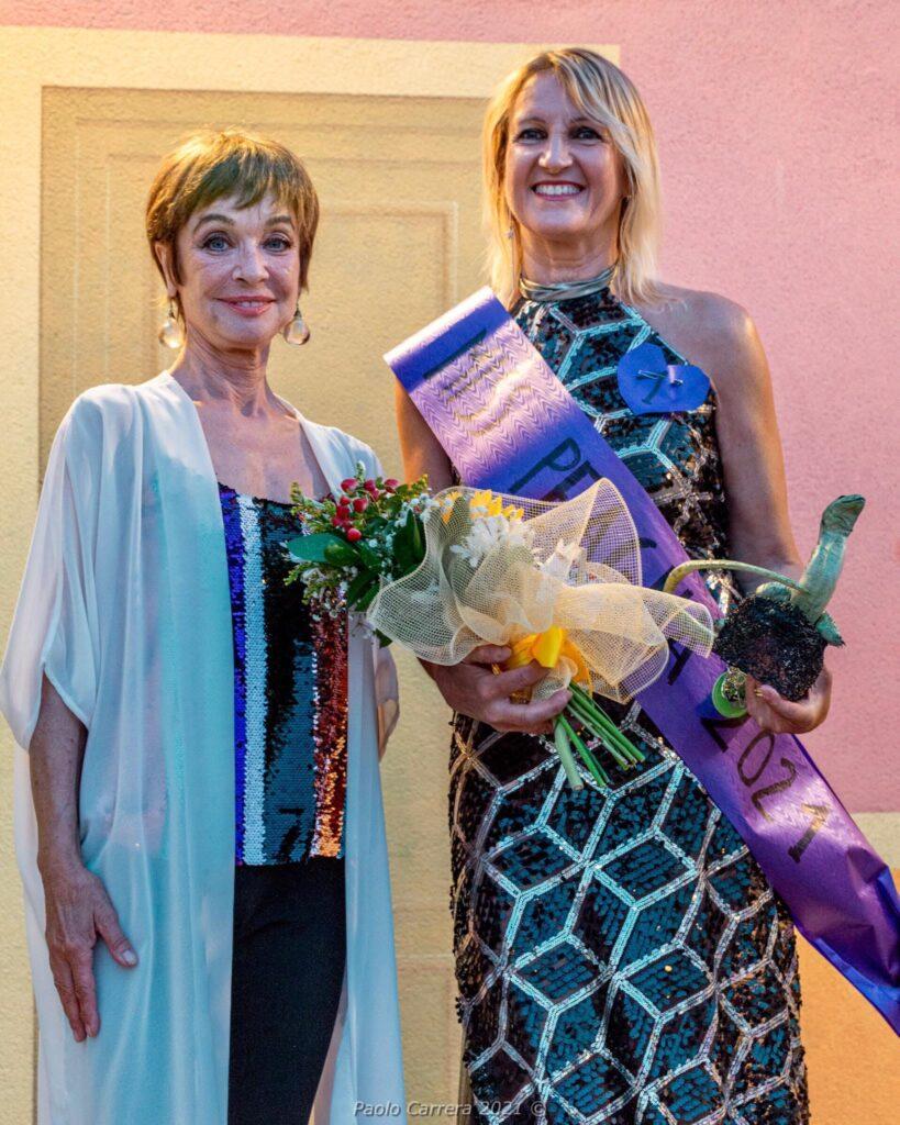 Marcella Sara Miss Peagna 2021 premiata da Oriella Dorella.