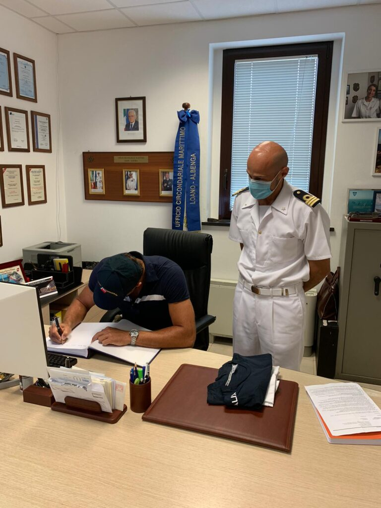 MAtteo Aicardi visita alla Guardia Costiera di Loano Albenga 01