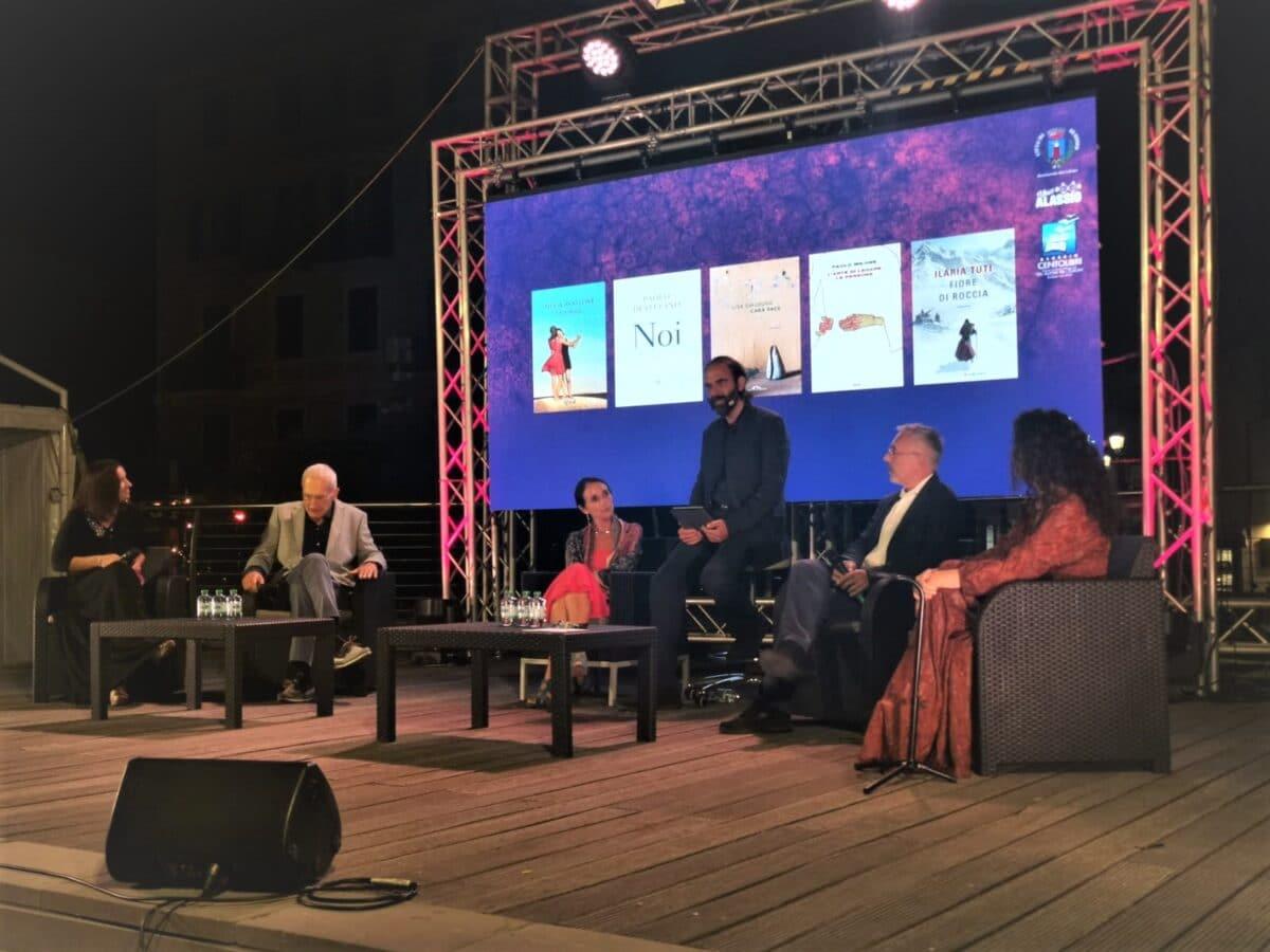 i cinque finalisti con Neri Marcore